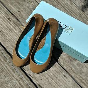 Oka-B Taupe Ballet Flats